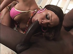 Black smooth booty and deepthroat black cock