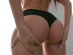 Natalie Nunez showing off that amazing ass and rolling on the rolled