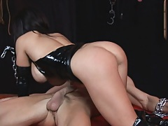 Sienna forces a big dick dude to fuck in chains