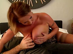 Huge natural tits milf blonde Laura shows her hanging tits and sucks