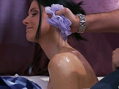 India Summer a super hot milf taking a bath