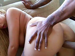 Milf spreads white ass for doggy style fuck