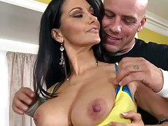 Hot big tits milf Ava Adams in tight tight shorts