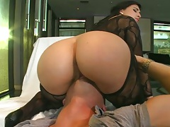 Big ass Valerie Kay sitting on face and doggy style fuck in fishents