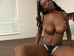 Big tits ebony spicy hottie Baby Cakes goes to blowjob on dick