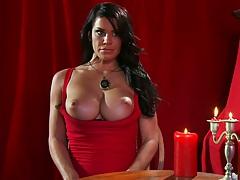 Savannah Stern a big tits horny pornstar