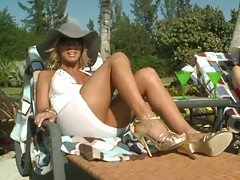 Outdoors milfs having a tan