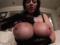 Gigantic tits coupled with some pink pussy