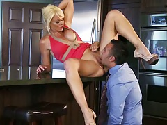 Athletic blonde cheating wife milf Rhylee Richards licked on kitchen table