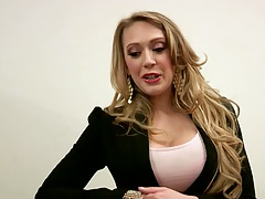 Kagney Linn Karter gets ready to punishment at the office