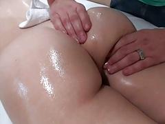 Oil nice round ass massage with Natasha M
