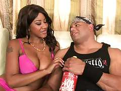 Cocoa and Kendra sucking large dick