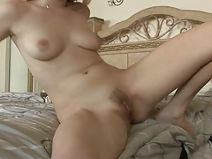Natural tits chick gets an internal pussy creampie and shows it come out